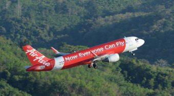 """""""ไทยแอร์เอเชีย"""" โอ่ """"สายการบินเดียวในไทย"""" ติด Top 10 สายการบินตรงเวลาโลก!!"""