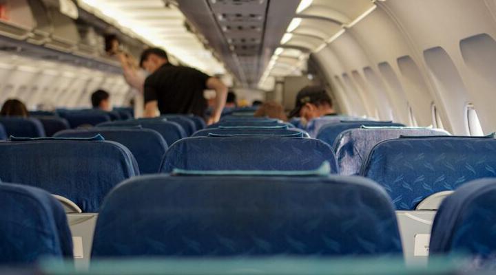 """""""ท่องเที่ยวไทย"""" (ยัง) กระจุกตัว เร่ง """"แอร์ไลน์"""" เพิ่มเที่ยวบินทั่วประเทศ"""