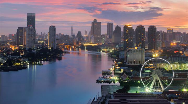 ส่องตลาดโรงแรมลักชัวรีเมืองกรุง โปรโมทแพ็คเกจ 'STAYCATION'